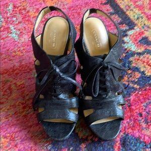 Coach moreen heels sz 9